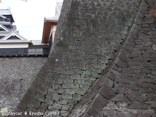 易守難攻熊本城牆