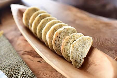 一樣有女主人親手做的麵包,今天是刺蔥麵包