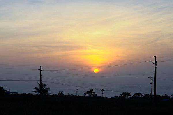特地起了大早,終於看到日出了