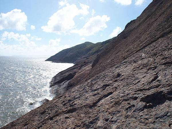 002一江山島上的懸崖.jpg