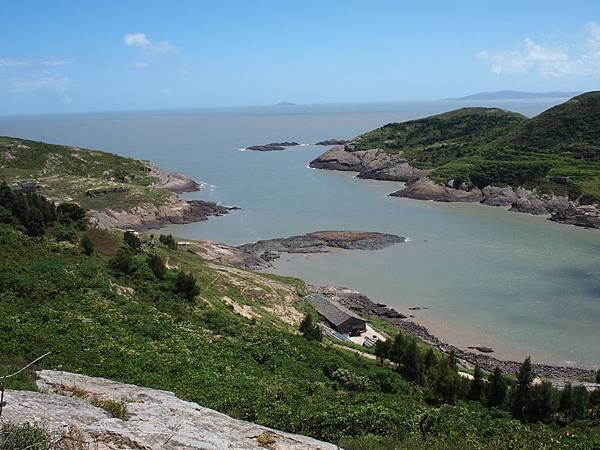 005一江山從北江望向南江,還可清晰見到遠處的大陳島.jpg