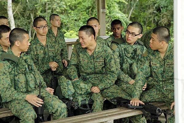 《新兵正傳》中描寫阿兵哥們在軍營中建立的深厚感情!