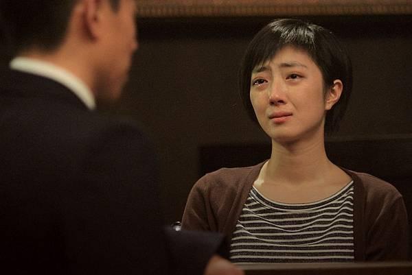 桂綸鎂飾演的下半身癱瘓殘障鋼琴老師,每次出現都「淚光閃閃」
