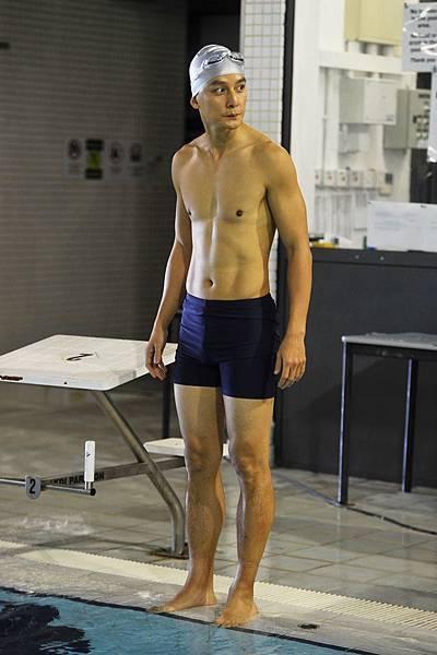 吳彥祖為《魔警》暴瘦13公斤,泳戲大秀好身材1