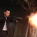 張家輝在《魔警》中演出喪心病狂的惡賊