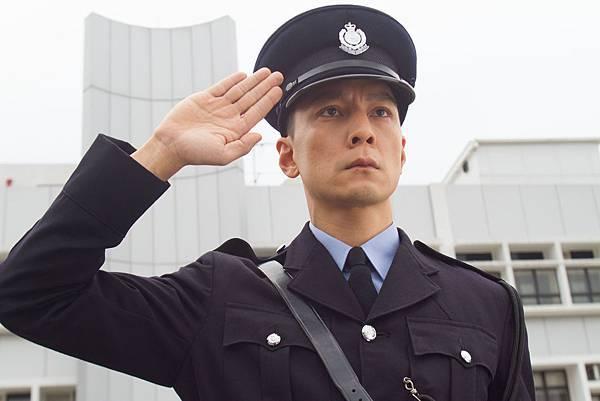 吳彥祖再度上演制服誘惑,香港街頭最帥警察01