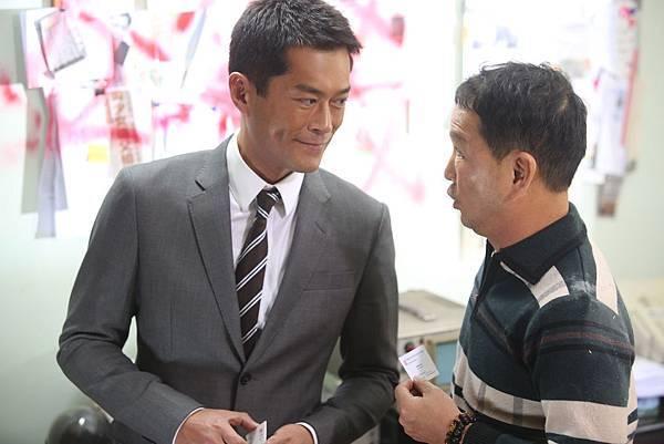 廖啟智演出詼諧逗趣的私家偵探2.JPG