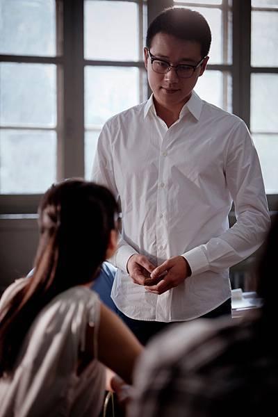 佟大為演出想追求高圓圓的英文老師