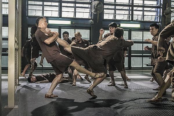 甄子丹監獄混戰戲2