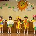 片中五位小女孩是從400多名小朋友選拔而出 2
