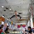 《舞鬥》裡跳彈簧一幕 溫貞菱為求完美跳了近百次.jpg