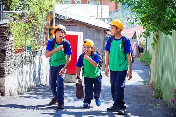 陳宇(左起)、吳瀚業、林晨皓三位小童星 演出《只要我長大》靈魂人物 2.jpg
