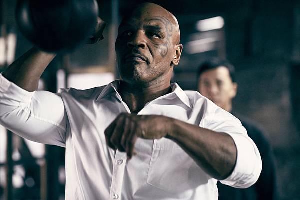 世界拳王泰森得重鉤拳既快又猛2.jpg