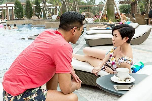古天樂 佘詩曼 在澳門飯店泳池邊2.jpg