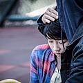顏卓靈挑戰外表無辜但內心充滿痛苦及仇恨的角色.jpg
