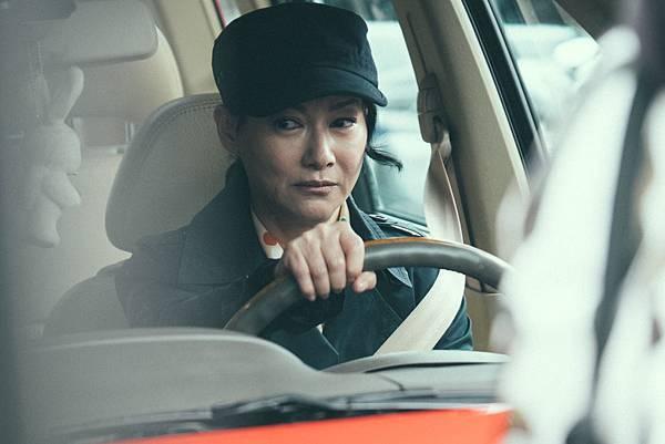 惠英紅演出外表柔弱 但為保護小孩不惜一切的母親1.jpg
