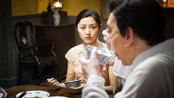 衛詩雅一人分飾雙胞胎姊妹 挑戰演技.jpg