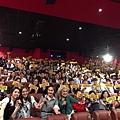 楊千嬅與邵音音 戲中母女檔 一同至戲院突擊謝票1.jpg