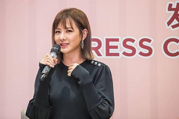人氣女星安心亞 出席《簡單的婚禮》發布會.jpg
