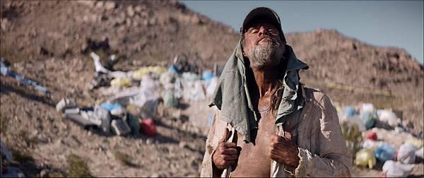 喜劇天王金凱瑞在《生存者》飾演神秘的流浪漢 是關鍵角色.jpg