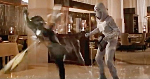 Ant-Man-Wasp-Clip-Ghost-Fight.jpg