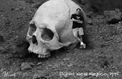巨人骨骸5.jpg