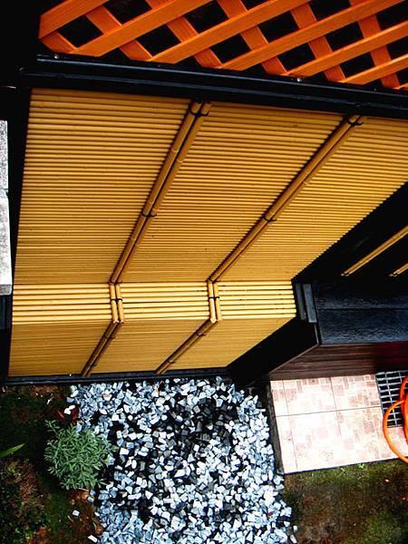 人工強化竹的搭建,提升空間層次,與造景形成絕佳搭配