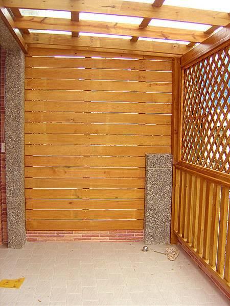 側邊陽台的封板
