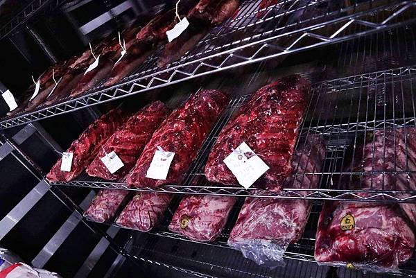 紅點熟成肉餐廳