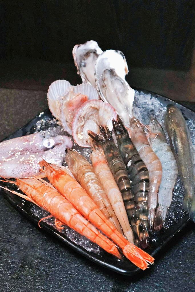 瓦崎燒烤火鍋|精緻鍋物吃到飽