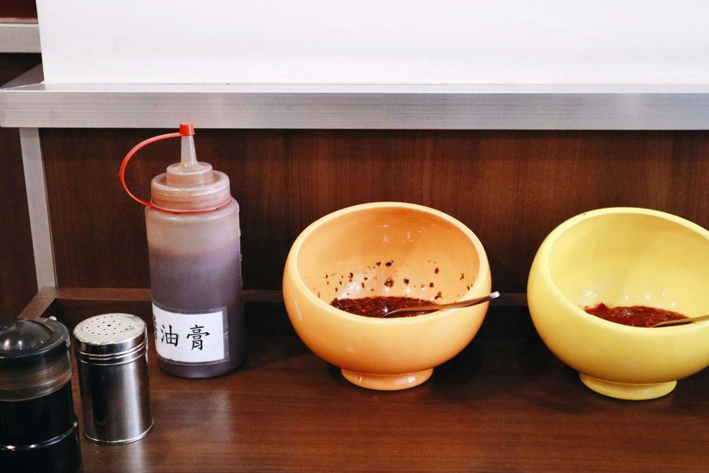 廟東清水排骨酥麵