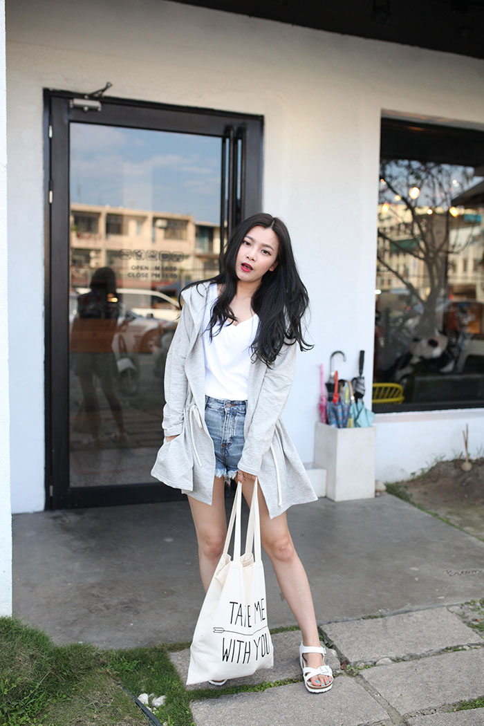 WHITE SHOES OUTFIT 05