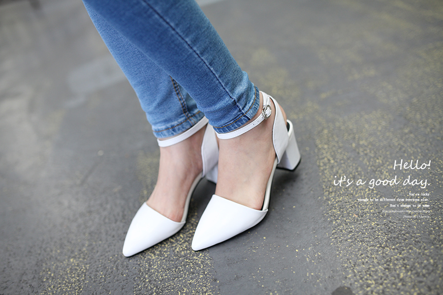 WHITE SHOES OUTFIT 12