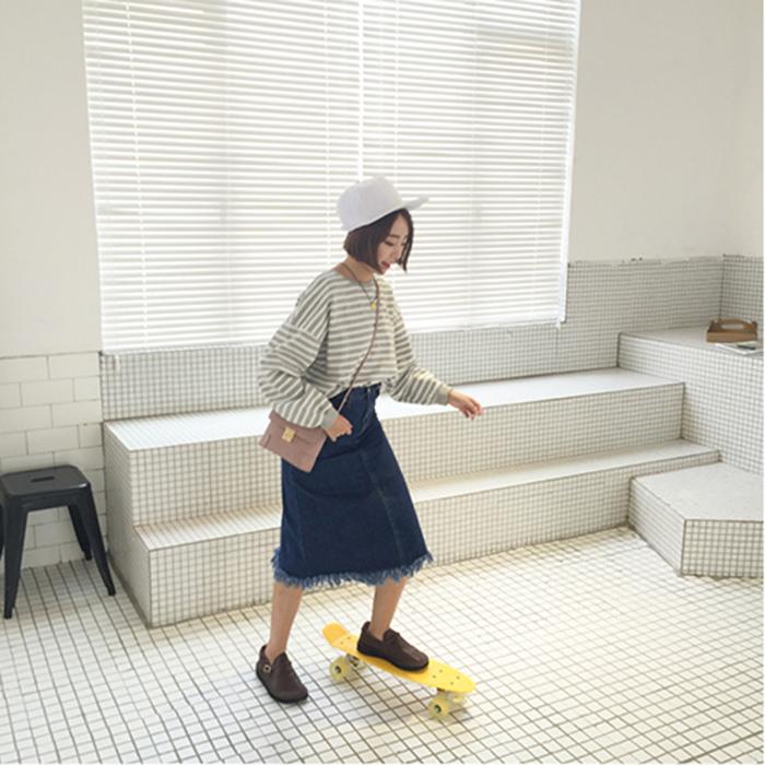 29 馨幫幫 韓國時尚百搭圓領細橫條紋套頭衛衣秋裝新款小寬松長袖衫女生上衣