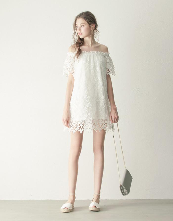 LOVFEE 甜蜜氛圍蕾絲繡花洋裝