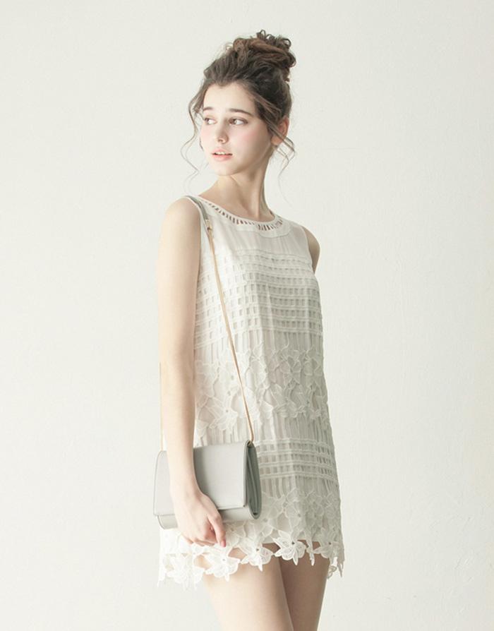 LOVFEE 優雅雪紡拼接雕花無袖洋裝