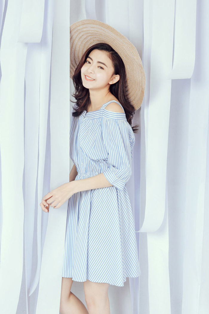 ORENDA 韓系清新直條紋吊帶洋裝