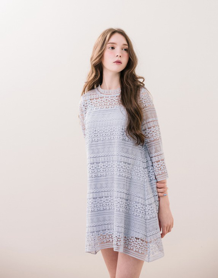 PAZZO 唯美蕾絲小高領洋裝