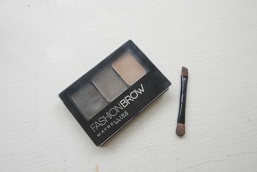 DRUGSTORE MAKEUP FOR STUDENT - 07
