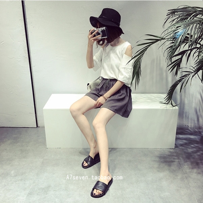 A7SEVEN 韓版百搭寬松顯瘦天絲松緊腰闊腿短褲
