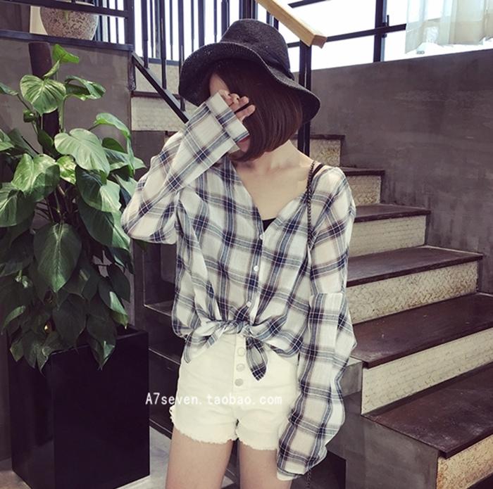 A7SEVEN 韓版複古格子寬松顯瘦棉麻大V領長袖襯衫