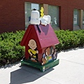 Snoopy Doghouse 29