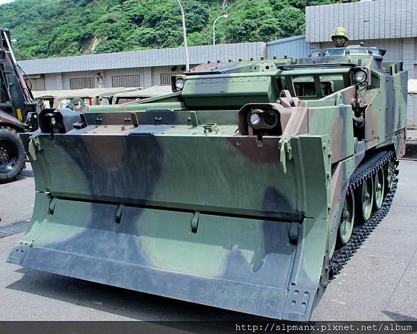 20130504蘇澳軍港開放-DEMO M9戰鬥工兵車 (2)