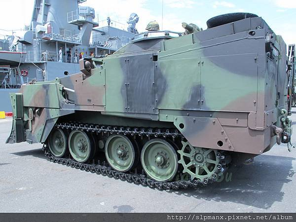 20130504蘇澳軍港開放-DEMO M9戰鬥工兵車 (4)