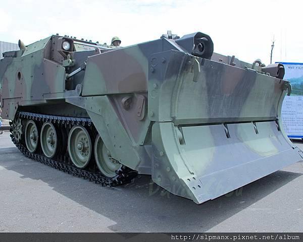 20130504蘇澳軍港開放-DEMO M9戰鬥工兵車 (9)