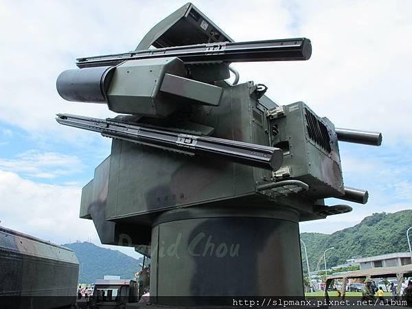 20130504蘇澳軍港開放-demo 檞樹飛彈車 (19)