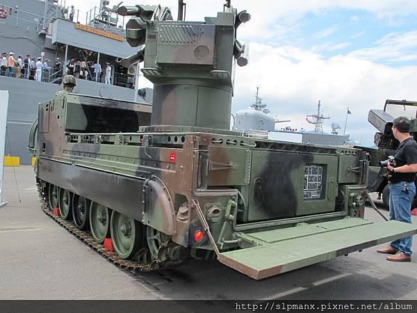 20130504蘇澳軍港開放-demo 檞樹飛彈車 (16)