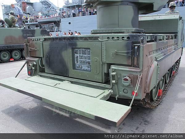 20130504蘇澳軍港開放-demo 檞樹飛彈車 (14)