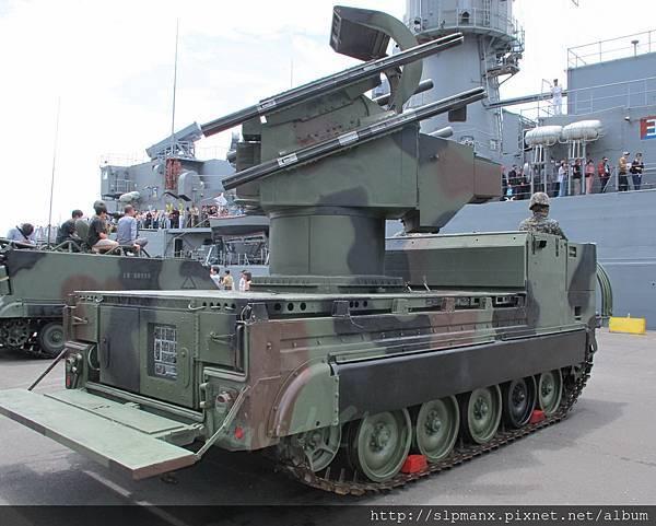20130504蘇澳軍港開放-demo 檞樹飛彈車 (13)