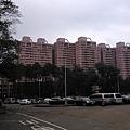 停車場, 遠方的梅竹山莊